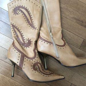 Aldo High Heel Zipper Boots Size 39 - (8.5-9)